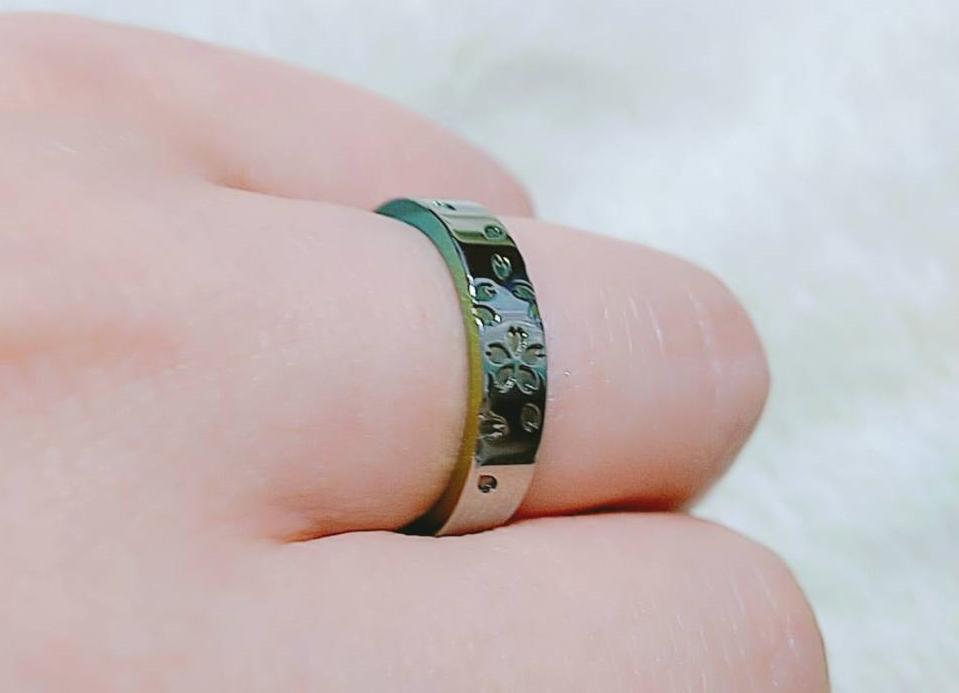 婚約指輪a